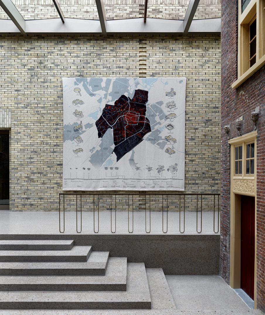 Wandtapijt over Leiden - Ankie Stoutjesdijk