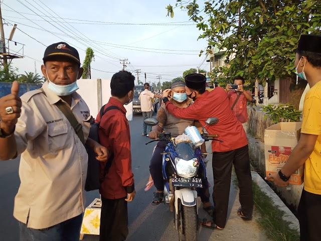 DPD Formapera Deli Serdang,BKPRMI dan Kader Taekwondo Desa Bakaran Batu,Berbagi Masker dan Takjil