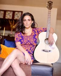 Ara Saldívar y Moy Muñoz serán parte del proyecto musical colectivo 52KMKZ.