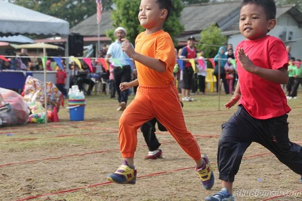 Acara lumba lari lelaki 6 tahun