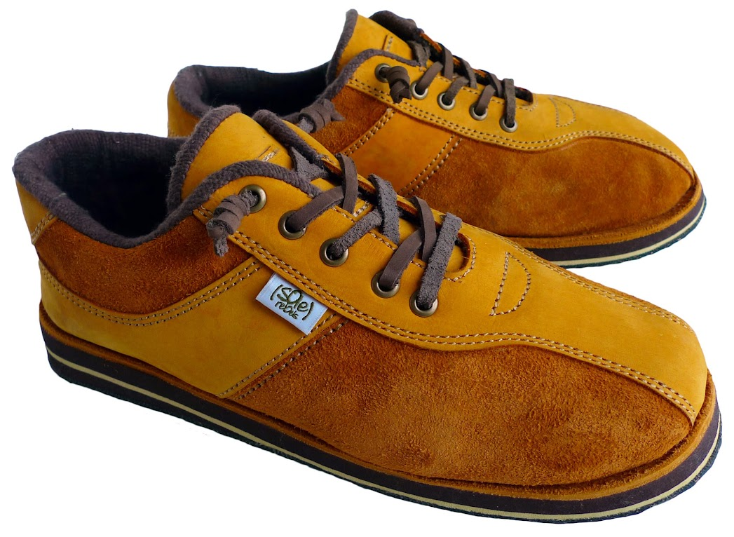 * soleRebels 雙重麂皮輪胎鞋:ONE TONE也有層次感 4