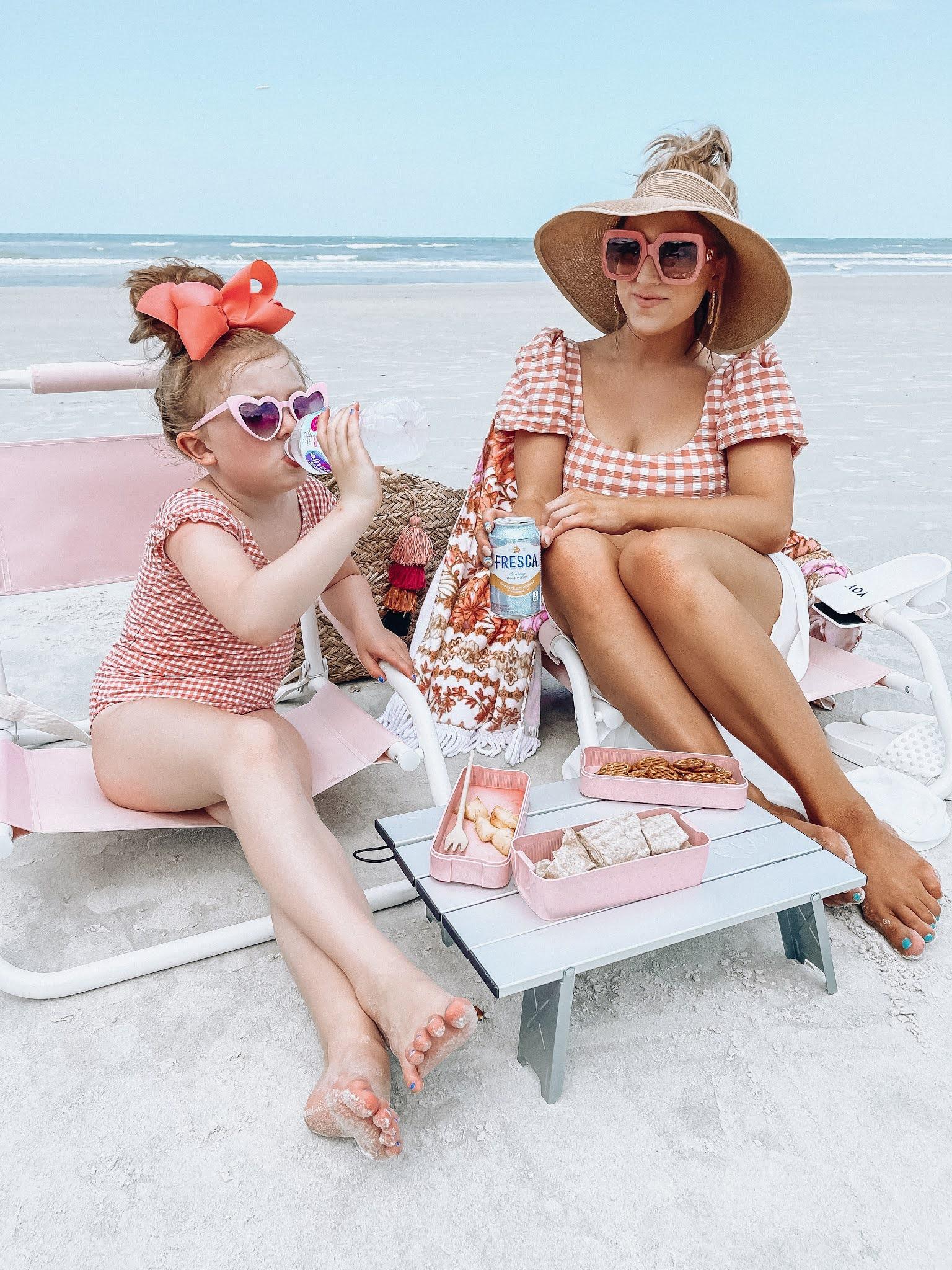 Gingham Beach Day + Summer Lunch & Snack Ideas - Something Delightful Blog #summerlunch #lunchforkids #snackideas #beachlunch #gingham #mommyandme