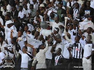 L'ambiance dans les tribunes du stade TP Mazembe avant le match face à Orlando Pirates le dimanche 5 mai 2013 (Photo tpmazembe.com)