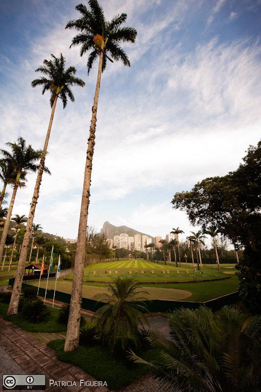 Foto de casamento 0119 de Christiane e Omar. Marcações: 17/12/2010, Casa de Festa, Casamento Christiane e Omar, Fotos de Casa de Festa, Gavea Golf Club, Paisagem, Rio de Janeiro.