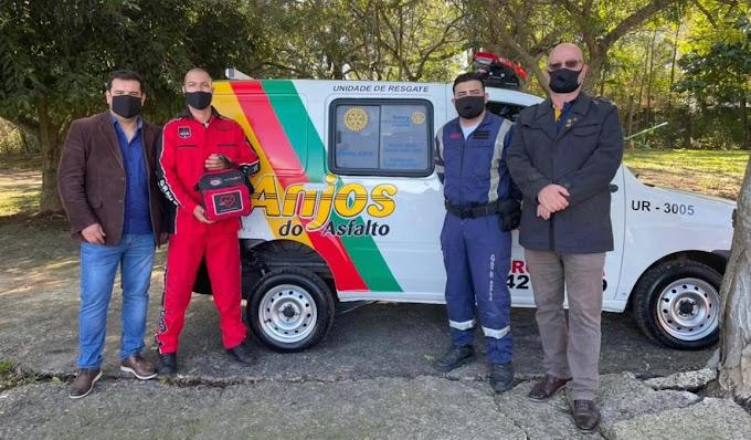 CACHOEIRINHA   Rotary Industrial entrega ambulância ao Anjos do Asfalto e faz parceria para revitalizar praça
