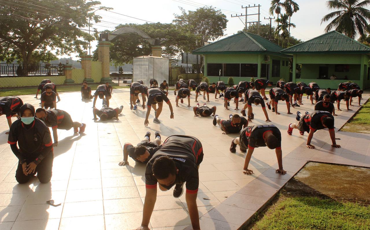 Dimasa Pandemi, Prajurit Kodim Tenggarong Laksanakan Olahraga Bersama