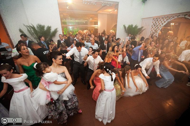 Foto de casamento 2634 de Nathalia e Fernando. Marcações: 04/12/2010, Casa de Festa, Casamento Nathalia e Fernando, Espaco Multiplo IF, Fotos de Casa de Festa, Niteroi.