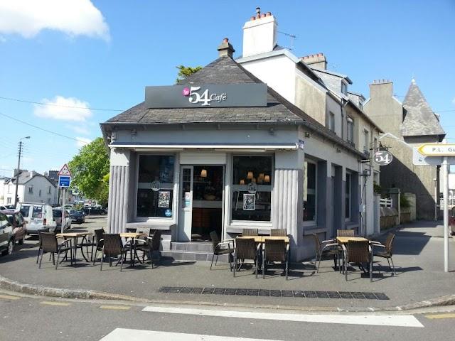 Le 54 Café