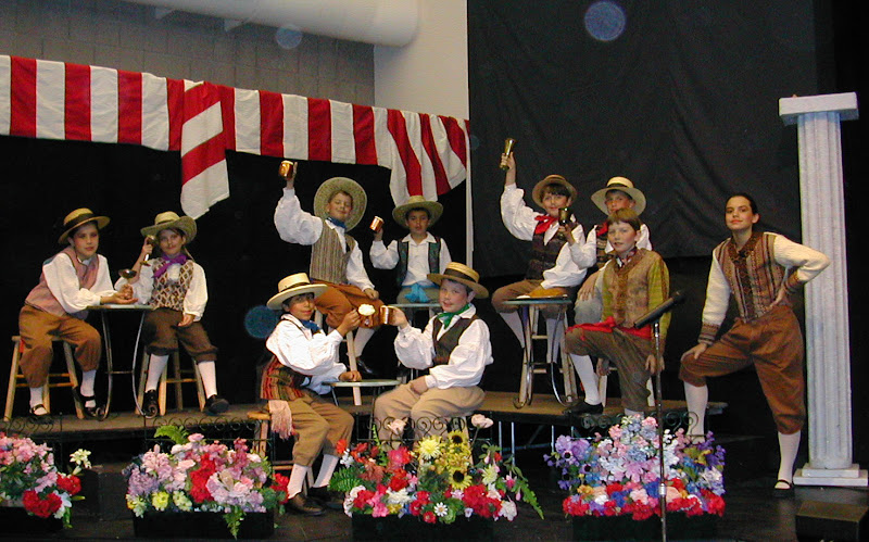 2002 The Gondoliers  - DSCN0451.JPG