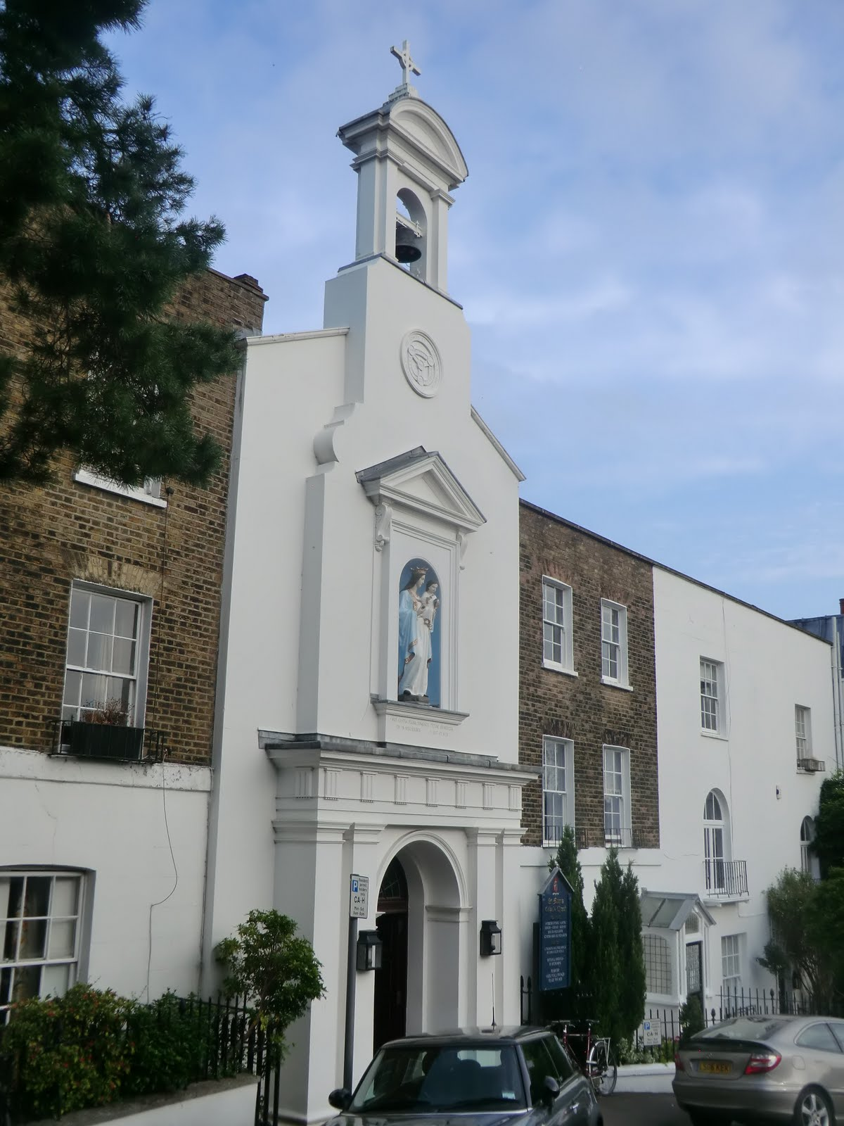 CIMG9769 St Mary's church, Hampstead