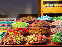 02 Falnivaló édességek.JPG