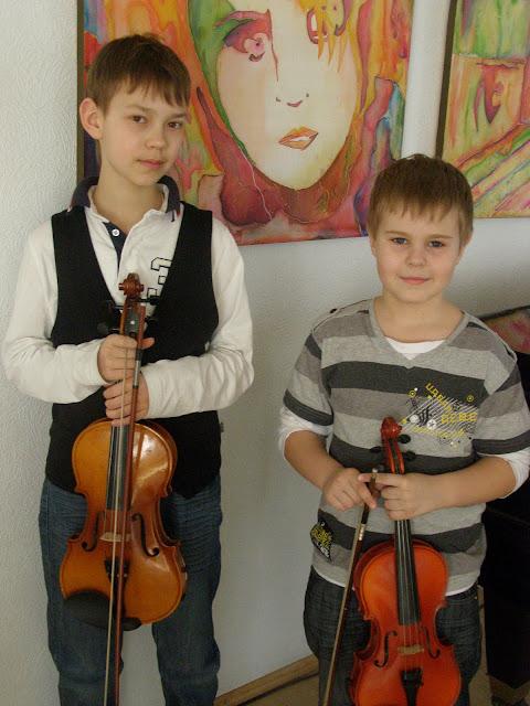 """II Rahvusvaheline festival  """"Laulavad ja mängivad poisid""""   (Narva, 17.03 –20.03.2011) - P1010041.JPG"""