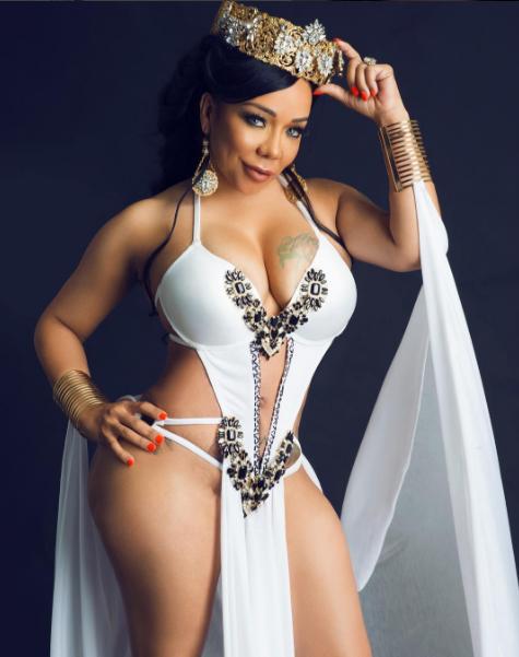 Bikini sexy wife — img 5