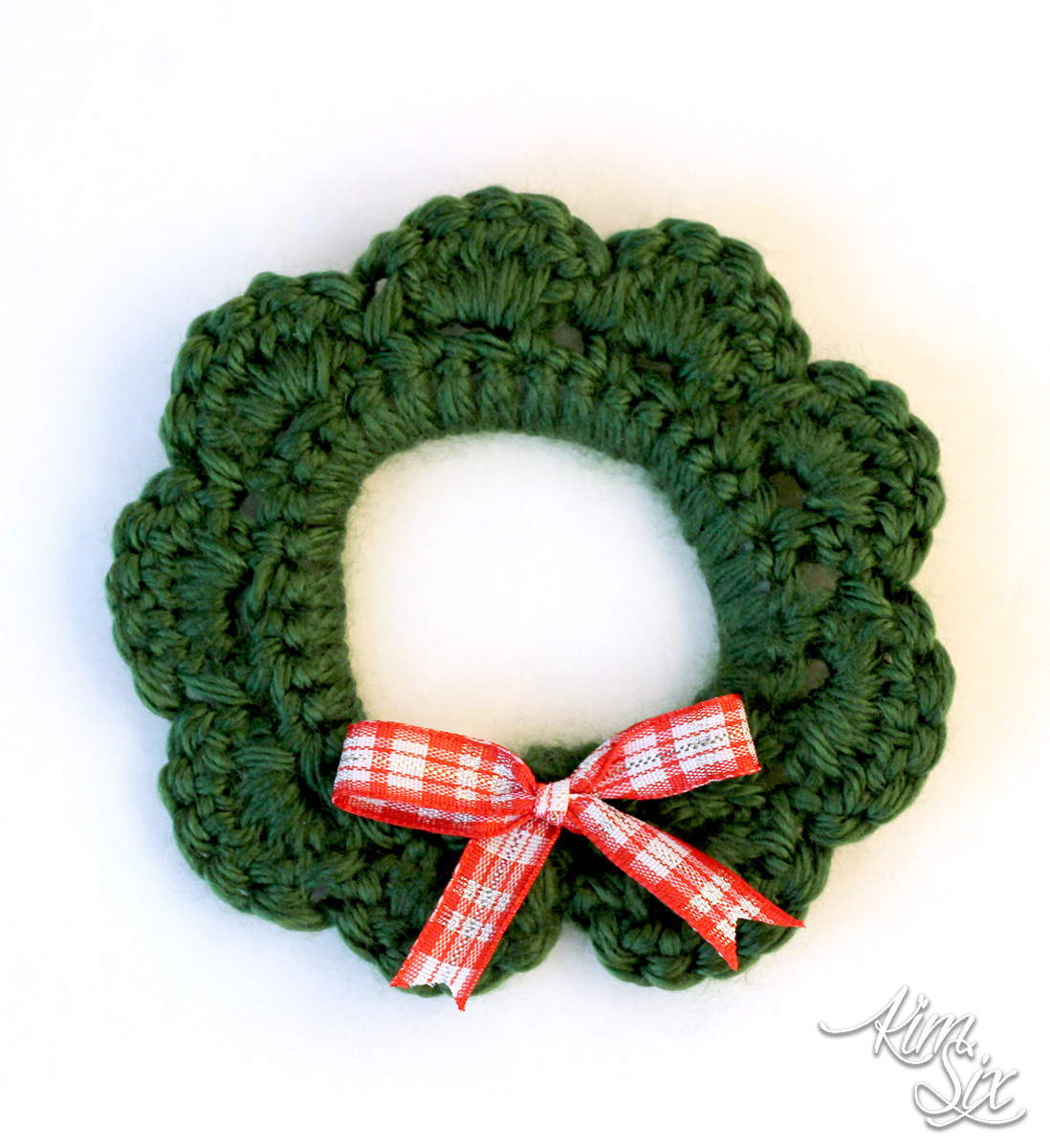 Christmas wreath crocheted on plastic drink ring