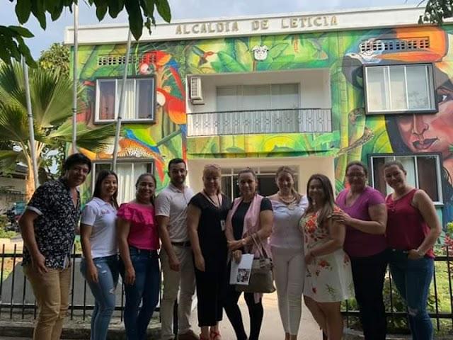 Reunion con funcionarias de la FUNDACIÓN sin ánimo de lucro CIREC