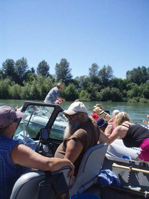 2011 Dinghy Cruise - 267312_236267879740809_100000727967374_751191_3749300_n.jpg