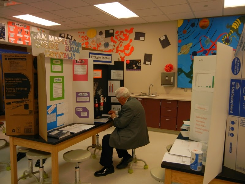 2012ScienceFair_005