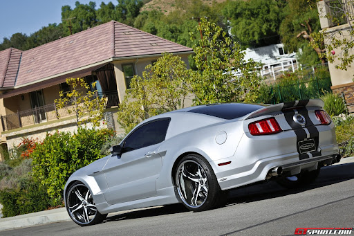 Car Fans: Widebody Ford Mustang GT with F2.05 Forgiato Wheels