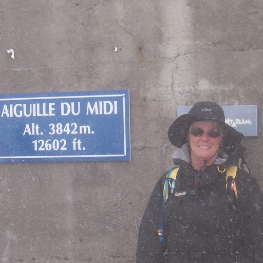 Nancy Douglas Photo 20