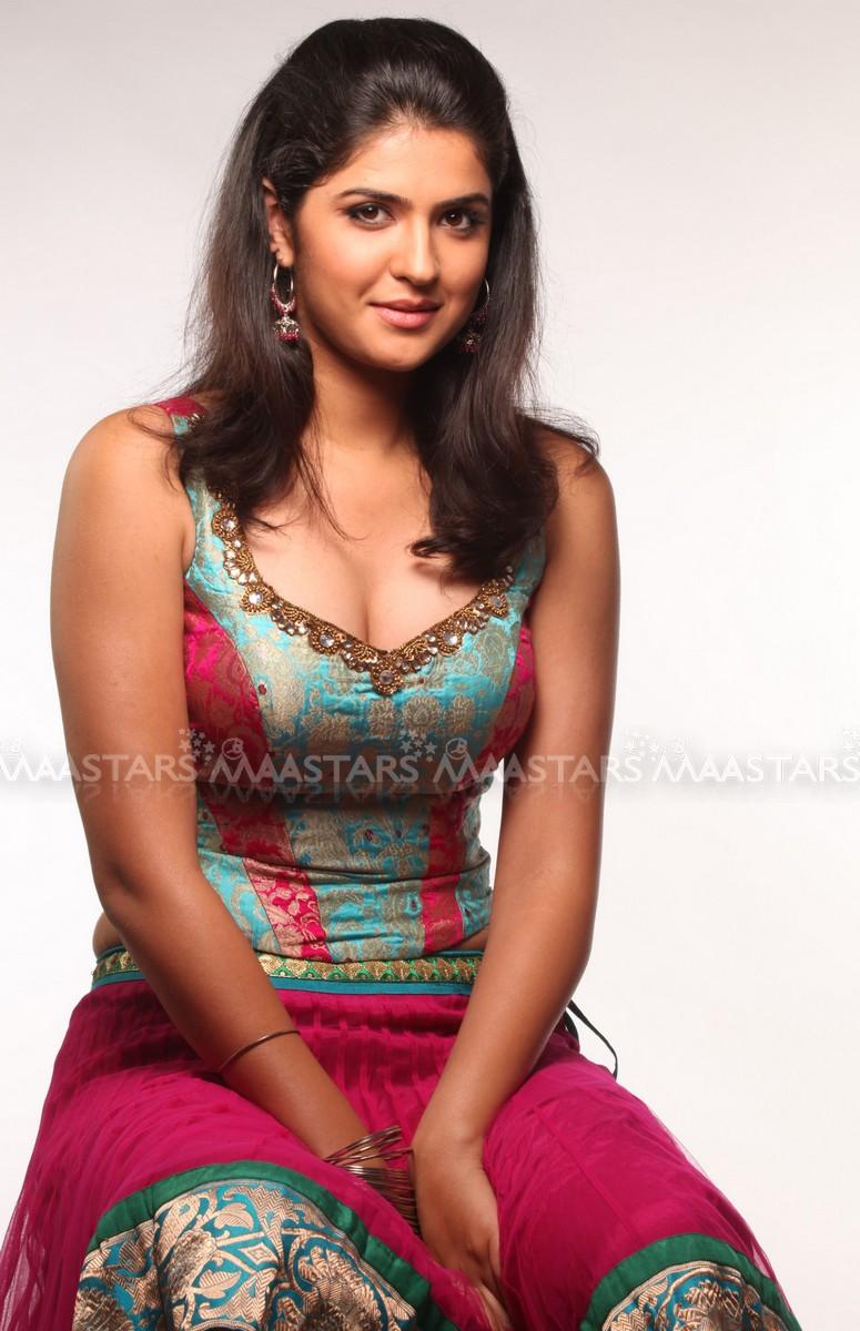 Very very hot actress