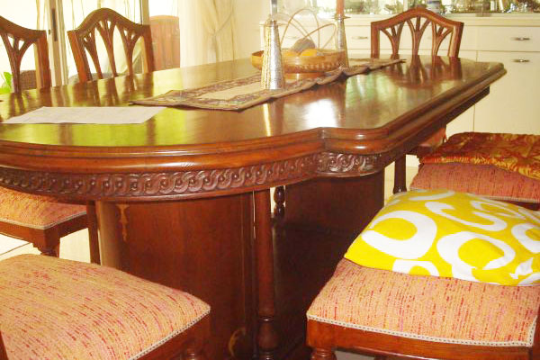 5 Sets of Dining Tables Starting from 400 only : 3E63Lf3Fe5G15H85M5d2mf4f0d952b93c1121 from usedfurnituresingapore.net size 600 x 400 jpeg 68kB