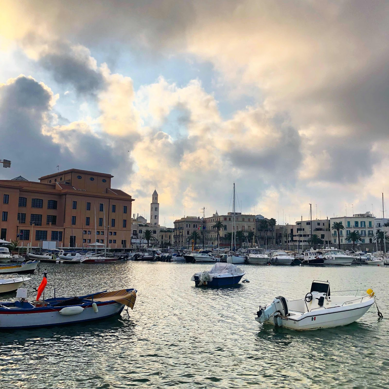 travel-blog-instagram-spots-bari