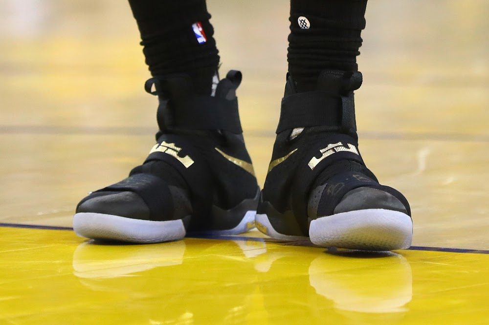 f63d2c4c258d Game 7  LEBRON SOLDIER 10  Black   Gold PE. Breaking Down Every Shoe Worn  by The King in 2016 NBA Finals