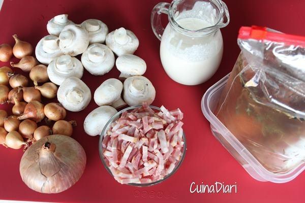 [222-2-filet+de+porc+salsa+xampinyons+cuinadiari-ingcuinadiari%5B3%5D]
