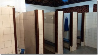 banheiros-camping-dunas-do-pero-2