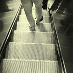 20121009-01-stairs-people.jpg