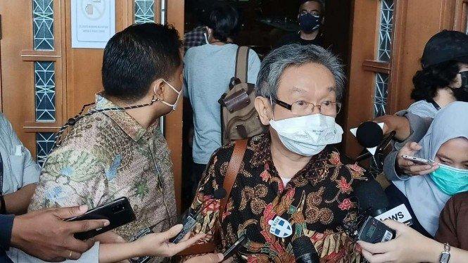 Pengacara Juliari Sebut Dakwaan Jaksa KPK Aneh