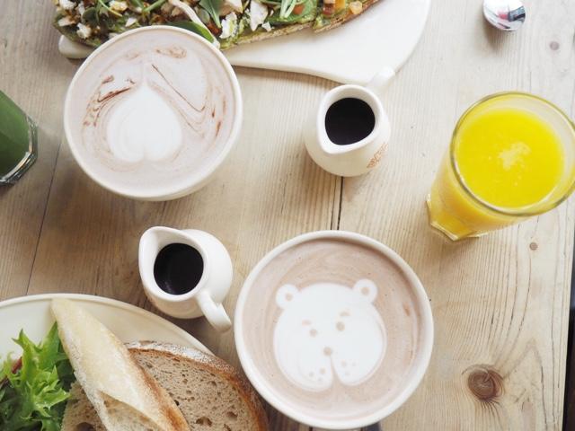 le-pain-quotidien-teddy-bear-hot-chocolates