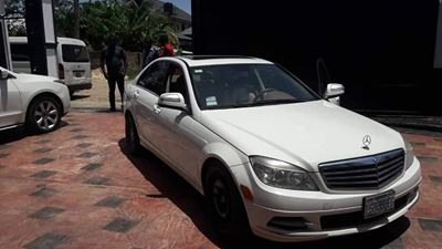 EFCC Arrests A Yahoo Boy Seize 3 Cars and Hose