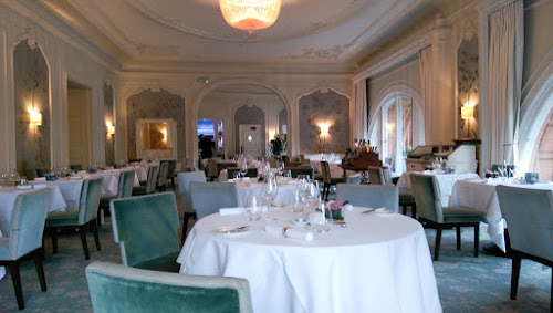 """Pompadour by Galvin, Gerry's Kitchen, restaurant Review, lunch review, Edinburgh restaurants, Galvin Brothers, Waldorf Astoria Caledonian."""""""
