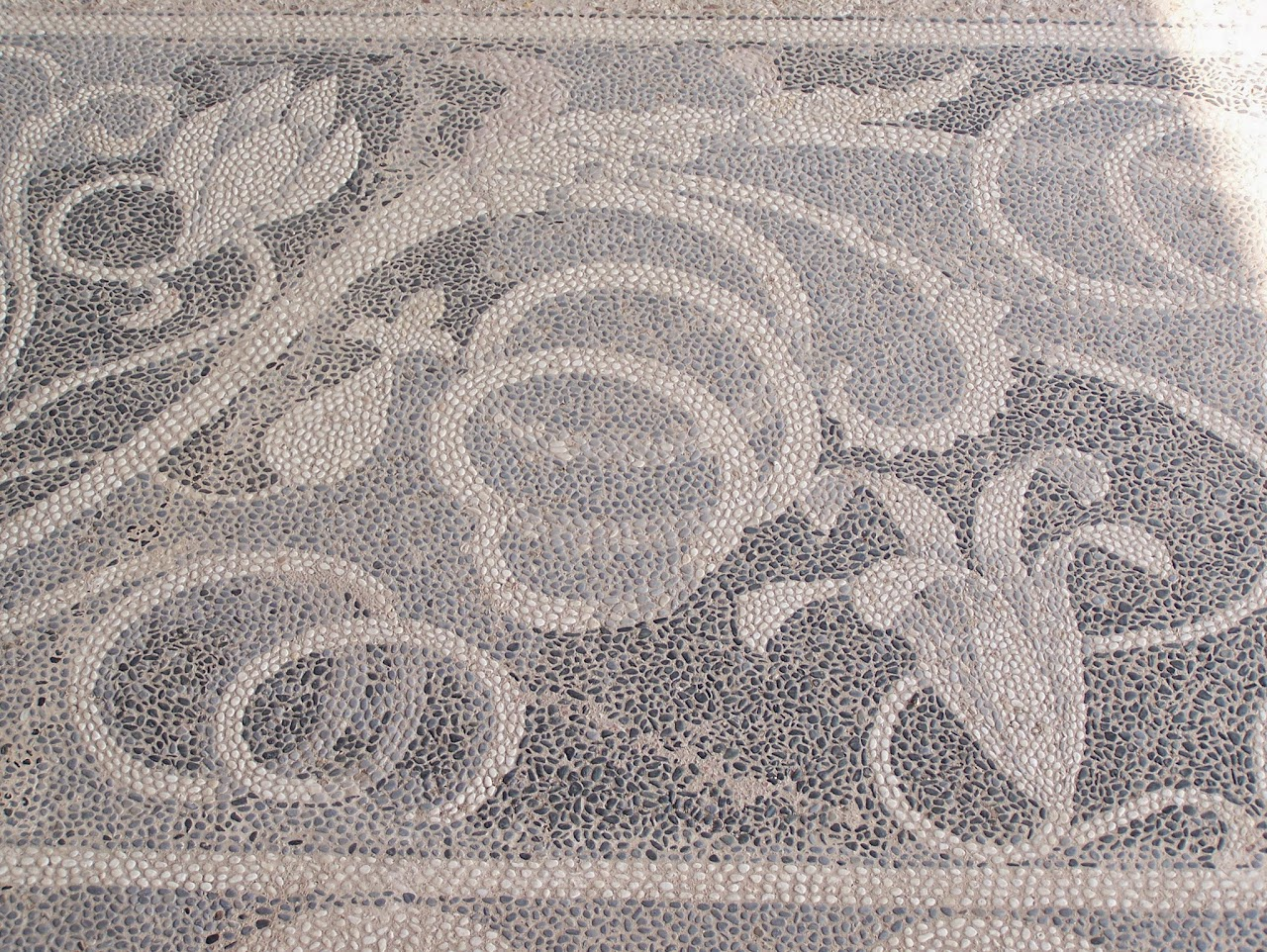 My Photos: Ancient Pebble Mosaics at Pella, Macedonia