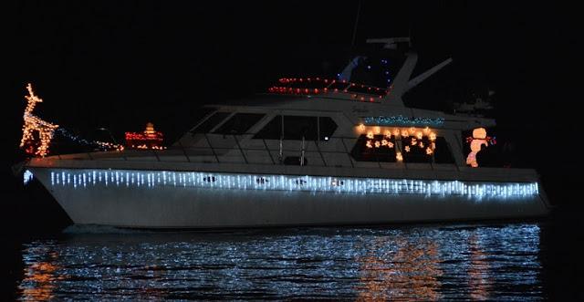2016 Christmas Boat Parade - 2016%2BChristmas%2BBoat%2BParade%2B9.JPG