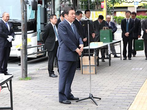 大阪バス「東京特急ニュースター号」開業式 大阪バスG西村会長の挨拶