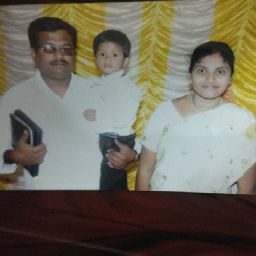 user Sunaina Chitivelu apkdeer profile image