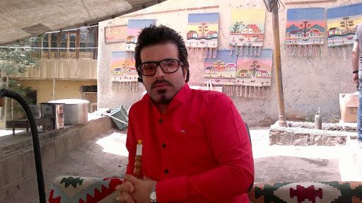 Amir Mohammadi Photo 18