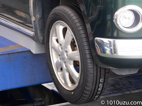 ミラジーノに新しいタイヤ取りつけ完了