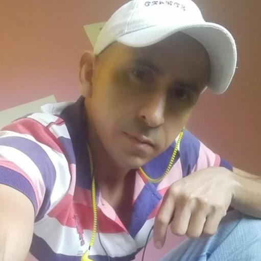 Luis Quiroga Photo 29
