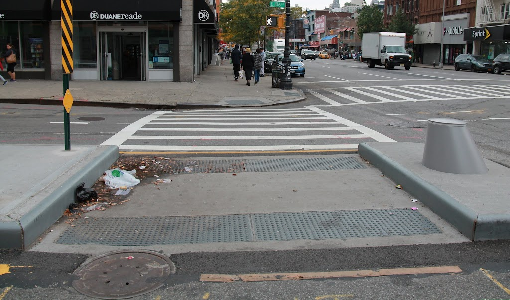 Pedestrian island on 106th St