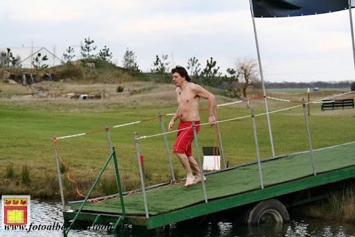 oudejaarsduik.Golfbaan overloon 30-12-2012 (41).JPG