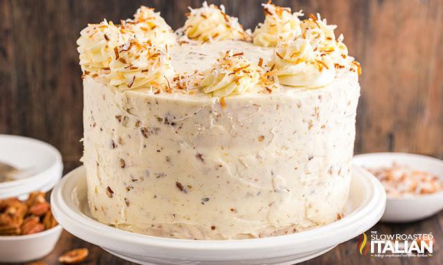 italian cream cake - whole cake