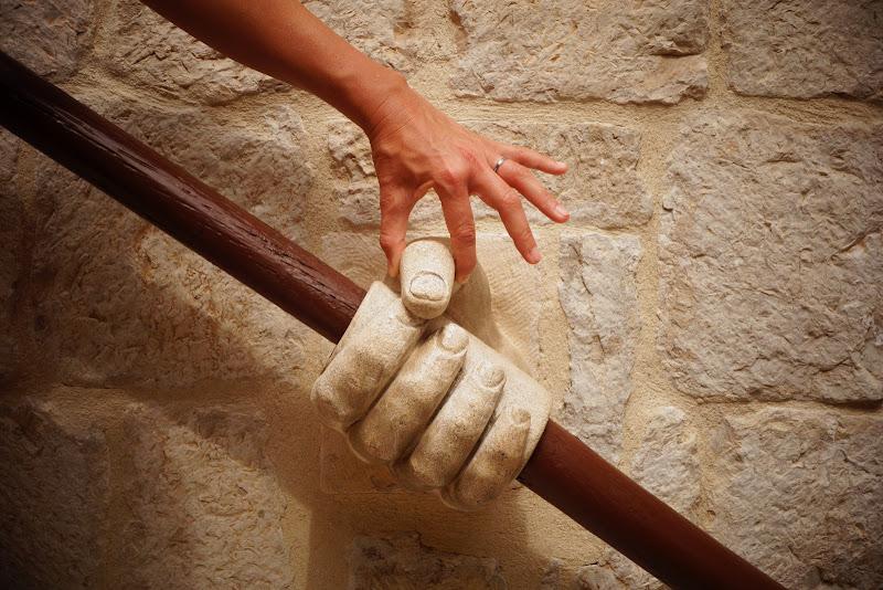 Mano nella mano di archeonik