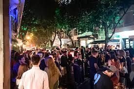 CastroFolia', diz Eduardo Paes sobre anúncio do governador para abrir bares no 'superferiado'