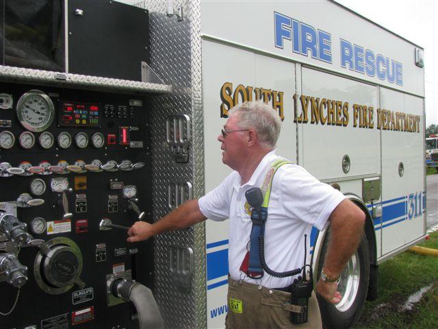 Friendfield Rd. Auto Repair Shop Fire 049.jpg