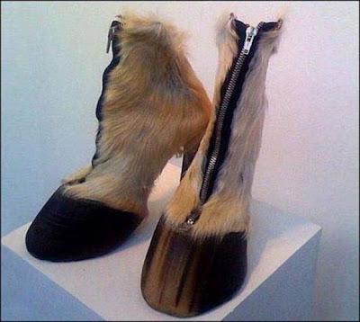 Model Sepatu Sandal Aneh dan Unik - infolabel.blogspot.com