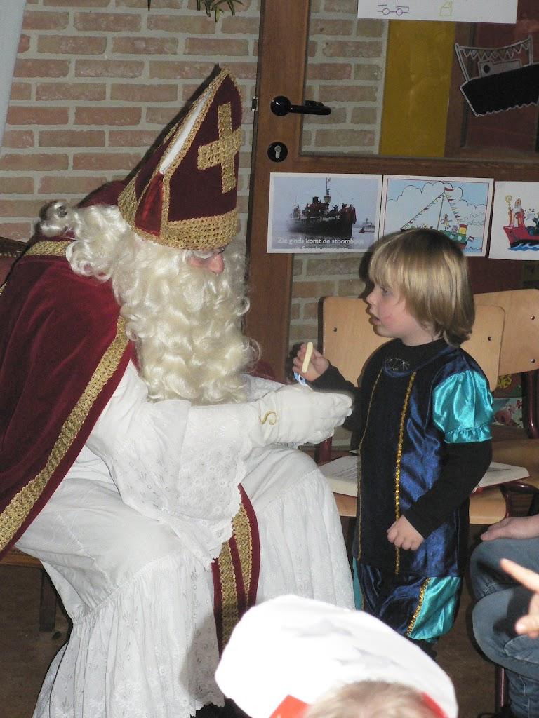 Sinterklaas op bezoek - P1270329.JPG