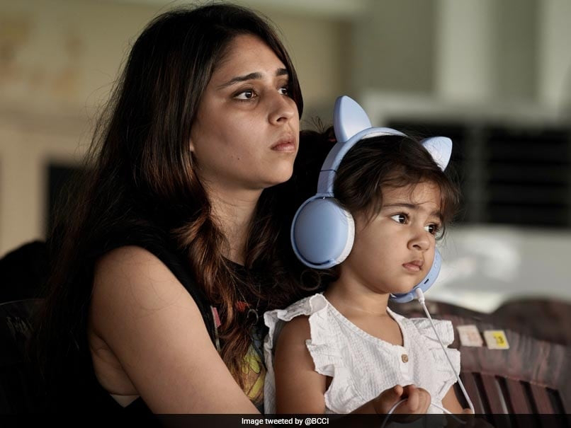 """IND v ENG, 1st Test: """"Cute Little Supporter"""": Rohit Sharma's Wife Ritika, Daughter Samaira Spotted In Stands On Day 3"""